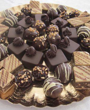 Send Diwali Chocolates Cakes Sweets Dry Fruits to MalwalSend Diwali Chocolates Cakes Sweets Dry Fruits to Malwal