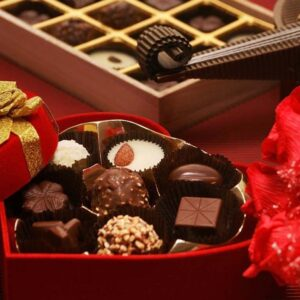Send Diwali Cakes Chocolates Sweets Dry Fruits to Dhakowal