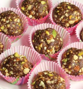 Send Diwali Chocolates Cakes Sweets Dry Fruits to Aliwal