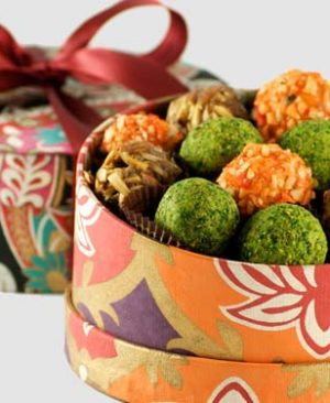 Send Diwali Cakes Chocolates Sweets Dry Fruits to Kang