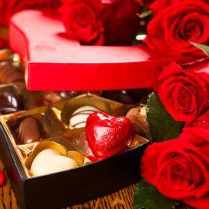 Send Diwali Cakes Chocolates Sweets Dry Fruits to Maana