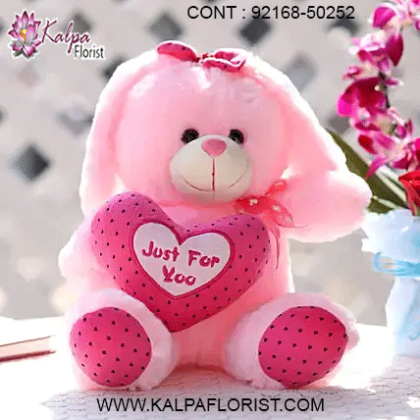 Buy/Send the widest range of cute teddy bears and soft toys online at affordable prices in India from Kalpa Florist If you are looking to send teddy bear online for your beloved then a right place.