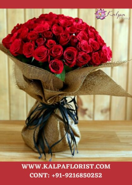 Hundred Red Rose Bunch Online Flower Delivery In Patiala